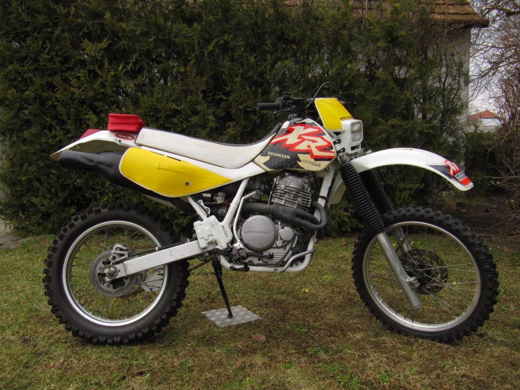 Bremsbeläge Honda XR 600 R  Bj 1993 vorne